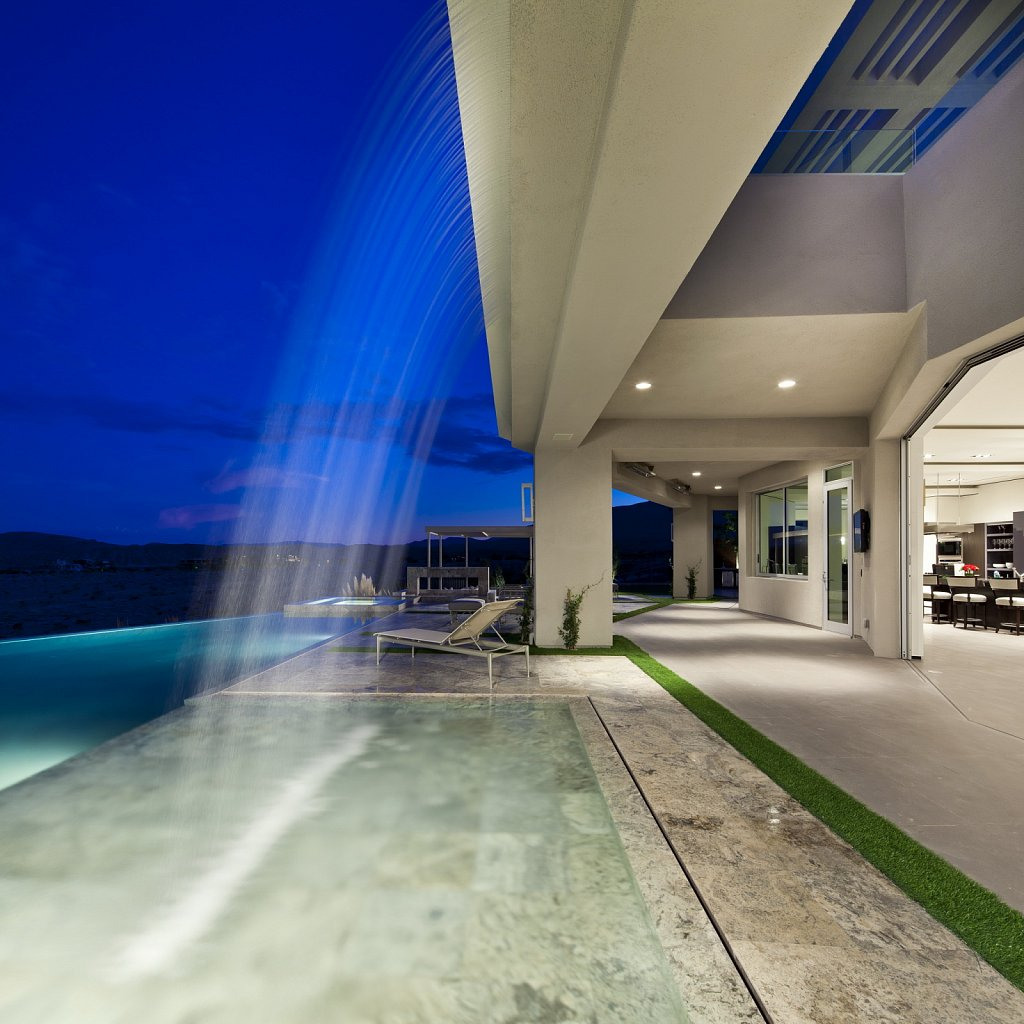 Modern Luxury - water feature